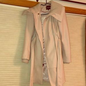 Express winter jacket size XS in cream